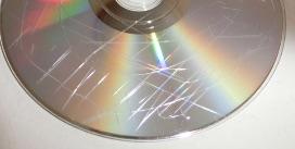 傷ついたディスク